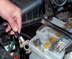 Замена автомобильных аккумуляторов